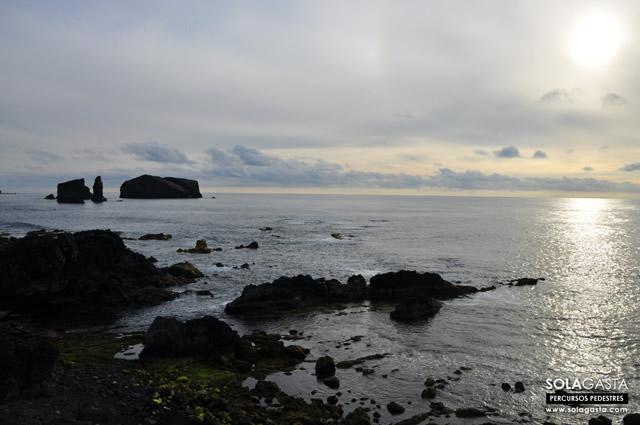 Caminhada ao Pôr do Sol em Mosteiros (Ponta Delgada - São Miguel - Açores)