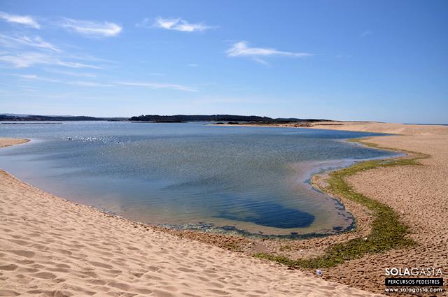 Caminhada na Praia e Lagoa de Santo André (Santiago do Cacém)