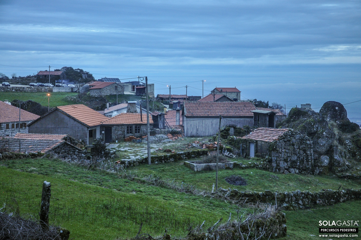À descoberta da Aldeia de Jueus (Tondela)