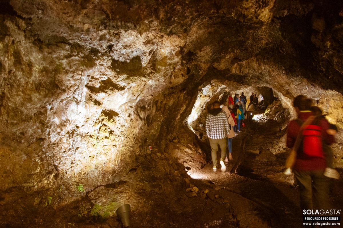 À Descoberta das Grutas e do Centro de Vulcanismo de São Vicente (São Vicente - Madeira)